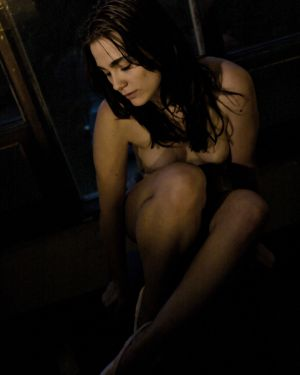 women-nude-dark-sitting-photo-by-daniel-szajkowski-hamilton-toronto.jpg